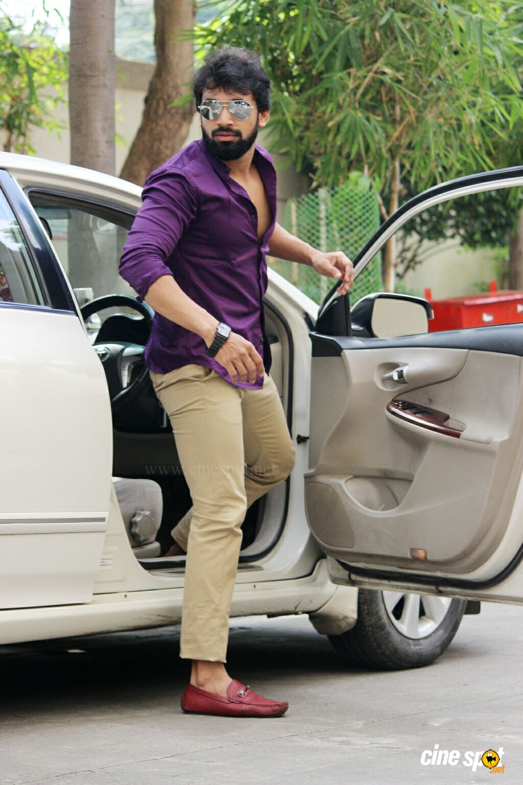 Devan Telugu Actor Stills (4)