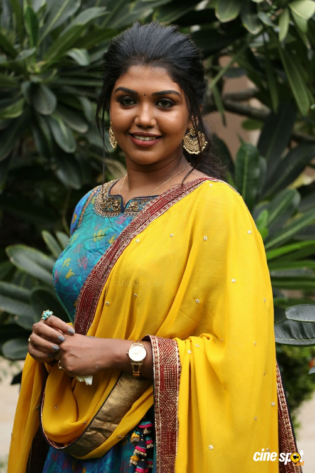 Riythvika at Irandam Ulagaporin Kadaisi Gundu Audio Launch (1)
