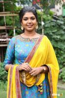 Riythvika at Irandam Ulagaporin Kadaisi Gundu Audio Launch (8)