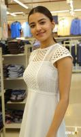 Rukshar Dhillon at Free Shopping Weekend Of Brand Factory Launch (1)
