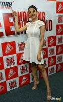 Rukshar Dhillon at Free Shopping Weekend Of Brand Factory Launch (4)
