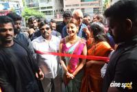 Kajal Agarwal Launches Vidhatri Shopping Mall (14)