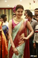 Kajal Agarwal Launches Vidhatri Shopping Mall (2)
