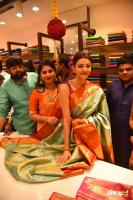 Kajal Agarwal Launches Vidhatri Shopping Mall (24)