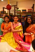 Kajal Agarwal Launches Vidhatri Shopping Mall (25)