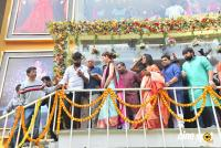 Kajal Agarwal Launches Vidhatri Shopping Mall (32)