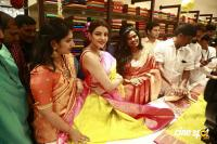 Kajal Agarwal Launches Vidhatri Shopping Mall (5)