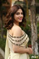 Mehreen Pirzada at Entha Manchivaadavuraa Movie Interview (18)