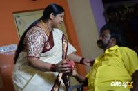 Right Right Baggidi Gopal Movie Stills (4)
