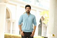 Harish Kalyan at Dharala Prabhu Movie Press Meet (4)
