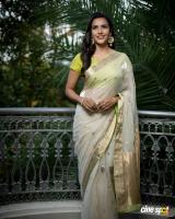 Actress Priya Anand photos (12)