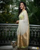 Actress Priya Anand photos (5)
