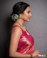 Actress Priya Anand photos (8)