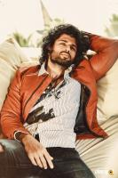 Actor Vijay devarakonda photos (1)