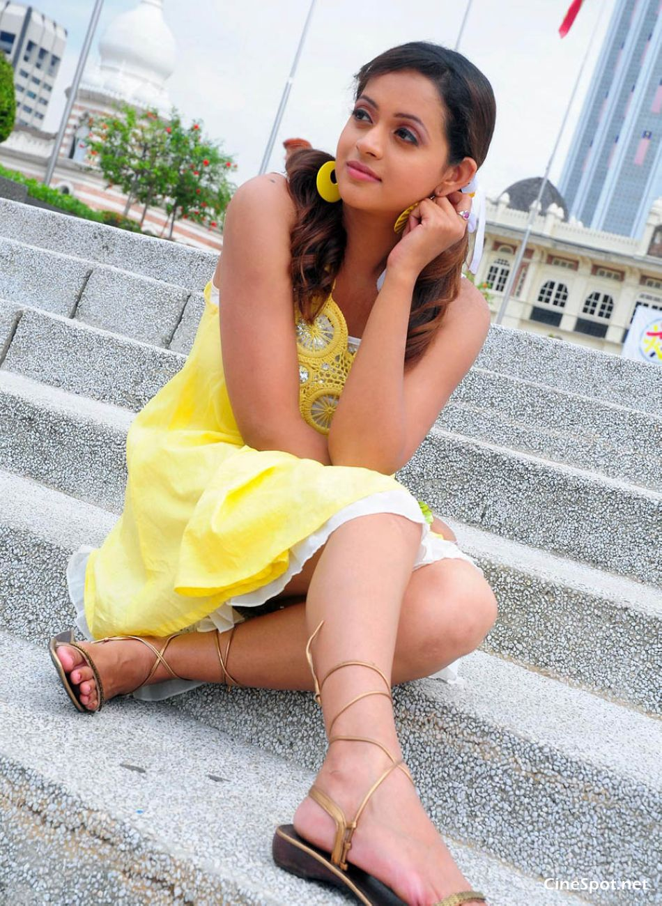 Bhavana South Actress Hot Sexy Photos, Stills, Pics (1)