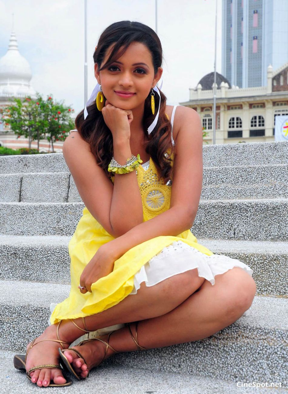 Bhavana South Actress Hot Sexy Photos, Stills, Pics