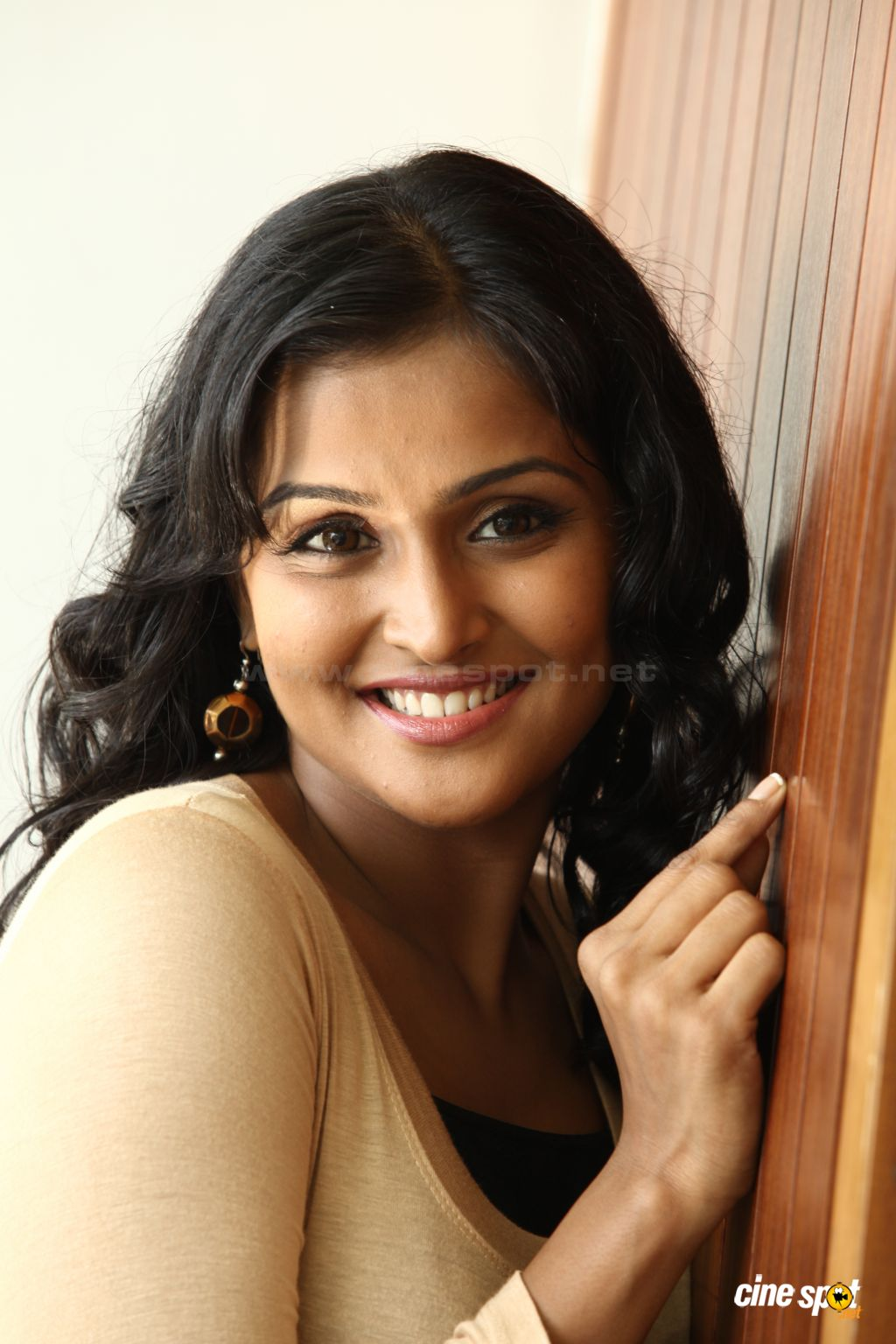 ramya nambeesan latest photos | remya nambeesan | pinterest | beauty