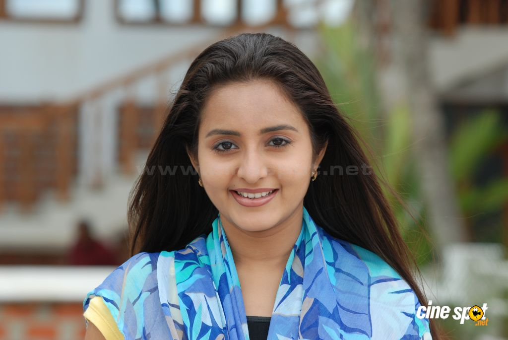 Bhama Malayalam actress photos