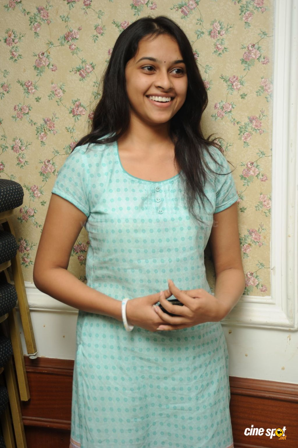 Sri Divya movie photos (29)
