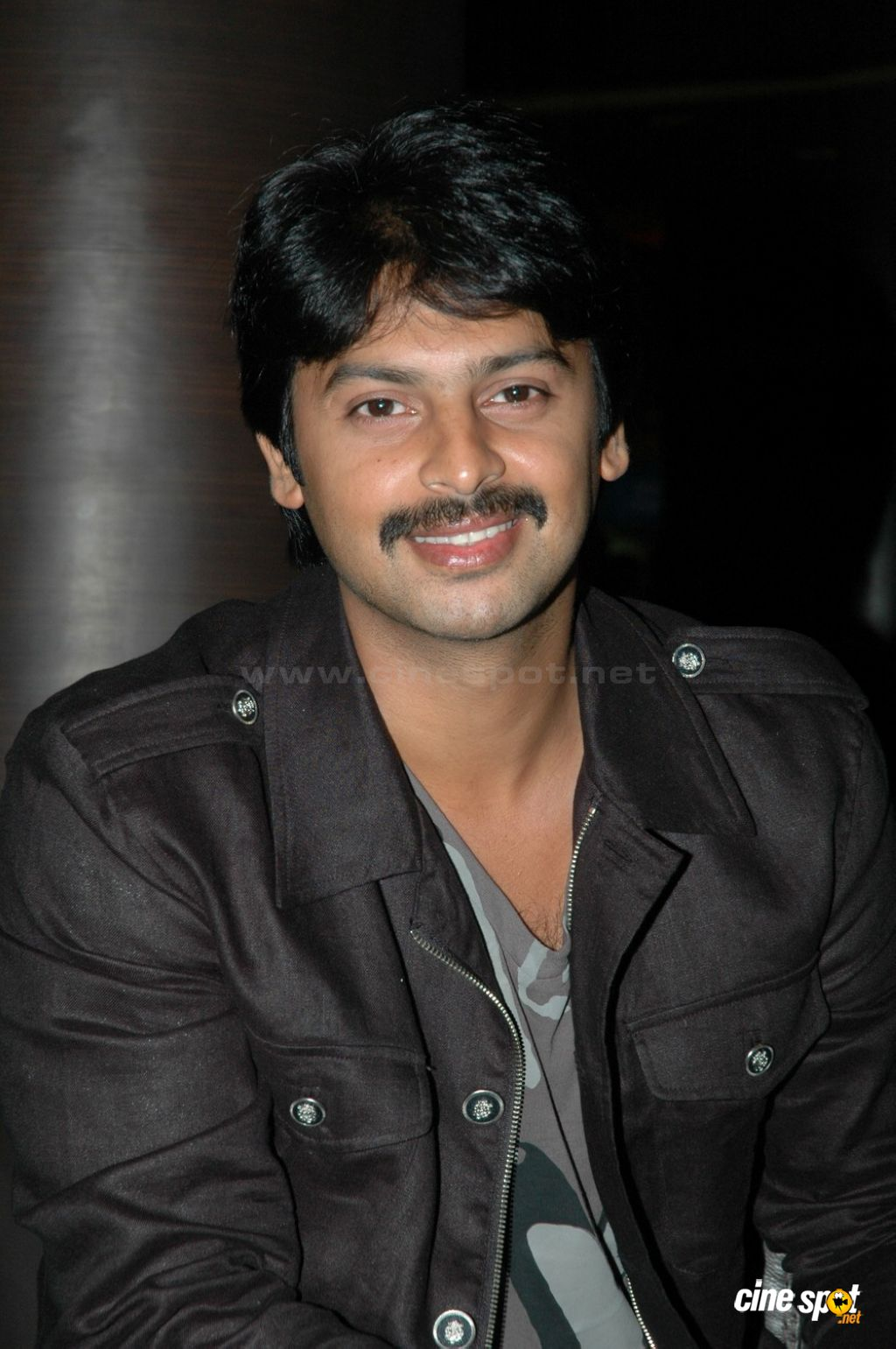 Srikanth actor photos ...
