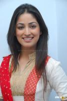 Yami Gautam  actress photos (12)