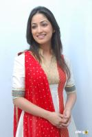 Yami Gautam  actress photos (14)
