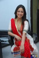 Yami Gautam  actress photos (22)