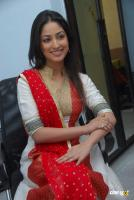 Yami Gautam  actress photos (27)