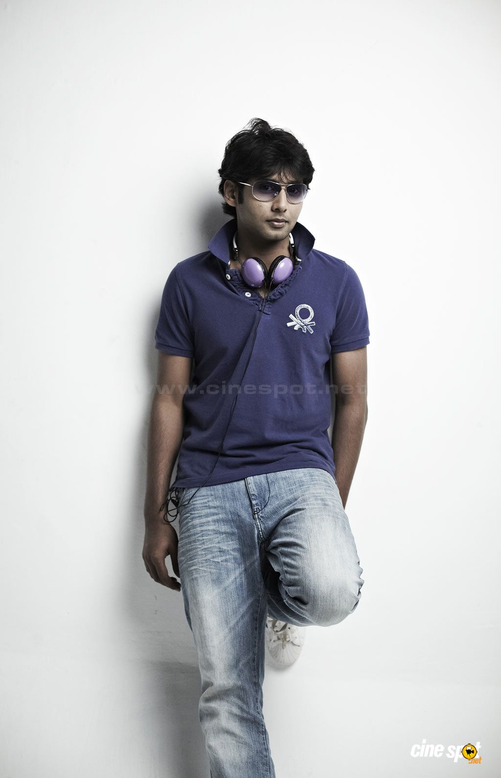 Aadhav south actor photos (8)