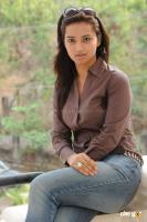 Isha Chavla actress photos (13)