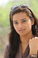 Isha Chavla actress photos (16)