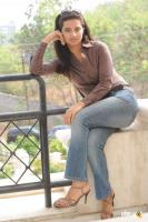 Isha Chavla actress photos (19)
