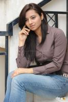Isha Chavla actress photos (27)