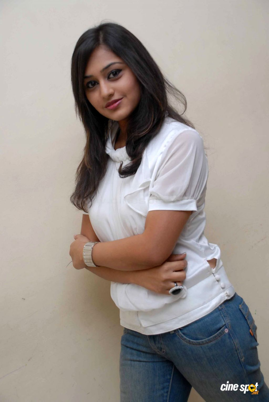 ramya barna hot photos
