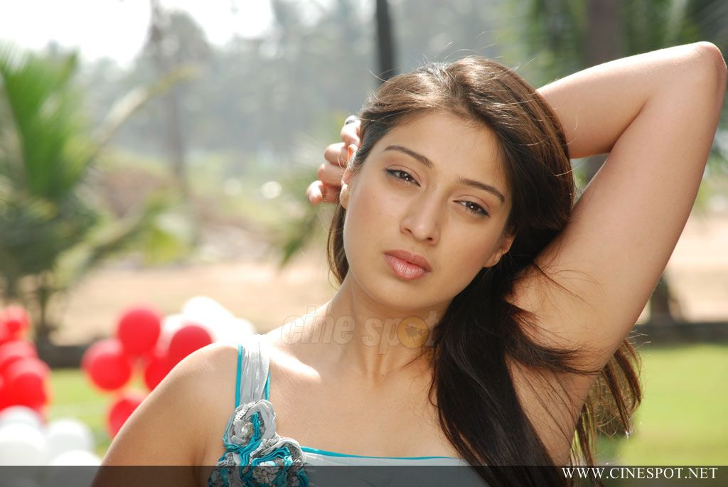Actress Lakshmi Rai armpit Show Photos