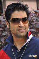 Adivi Sesh Photos (1)