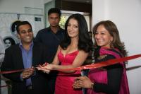 Celina Jaitley inaugurates World of Silver (3)