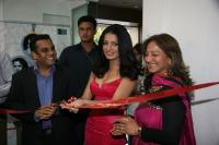 Celina Jaitley inaugurates World of Silver (4)