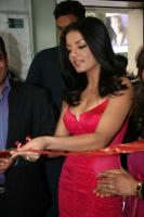 Celina Jaitley inaugurates World of Silver (6)