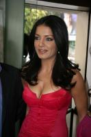 Celina Jaitley inaugurates World of Silver (8)