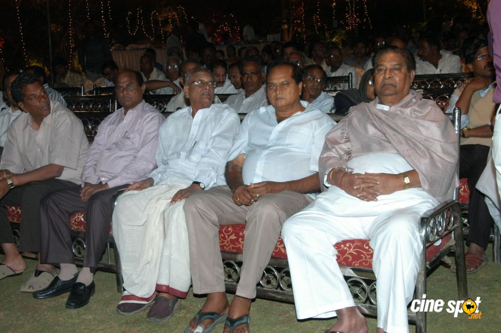 Celebs at Pokuri Rama Rao Son Wedding (8)