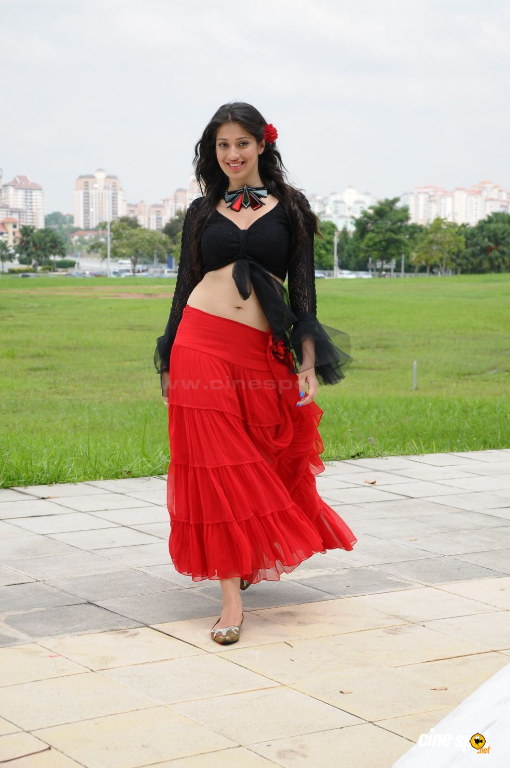 Actress Lakshmi Rai Navel Show Photos