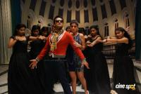Aadhavan Movie photos (46)