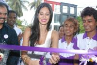 Bruna Abdullah launches Naturals Lounge Showroom Photos
