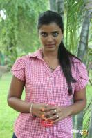 Aishwarya Tv Serial Actress Photos (22)