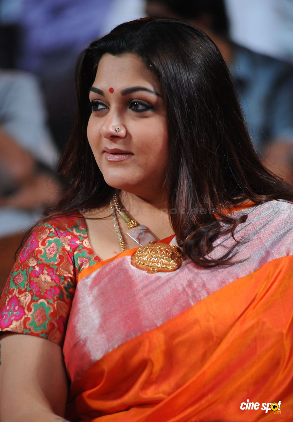 kushboo facebook