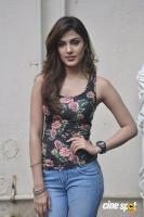Rhea Chakraborty actress photos pics