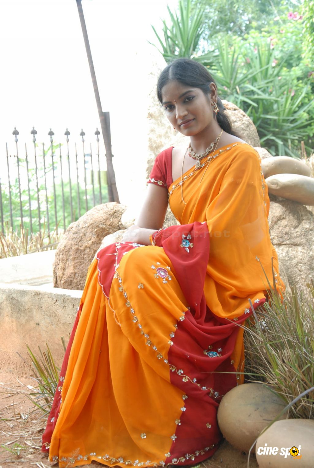 Keerthi Sen New Stills (21)