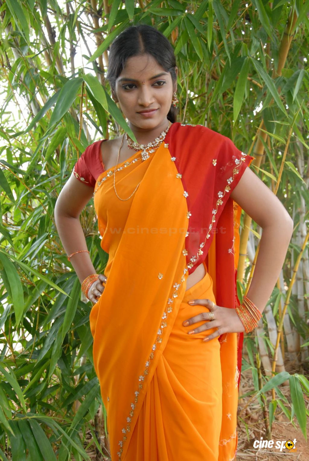 Keerthi Sen New Stills (4)
