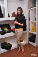 Kritika Singhal at Dil Diwana Team Visit Shoe Studio Madrasi (24)